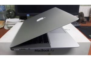 Macbook Air (13 inch, early 2014)