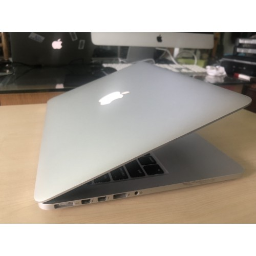 Macbook pro early 2015 13 inch retina