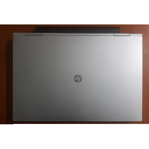 HP elitebook 2560p i7-2620m