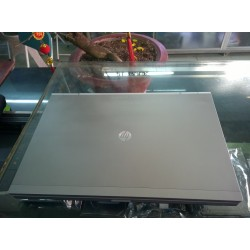 HP Elitebook 8560p i7-2620M, VGA rời 1GB